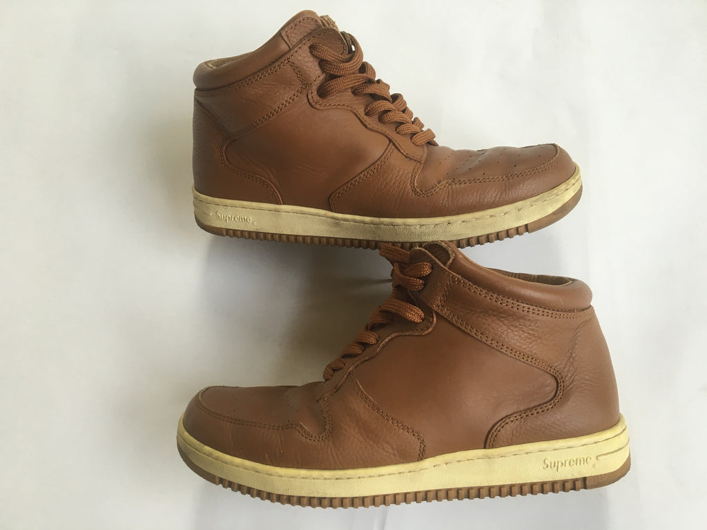 Supreme midtown brown size 10 2002
