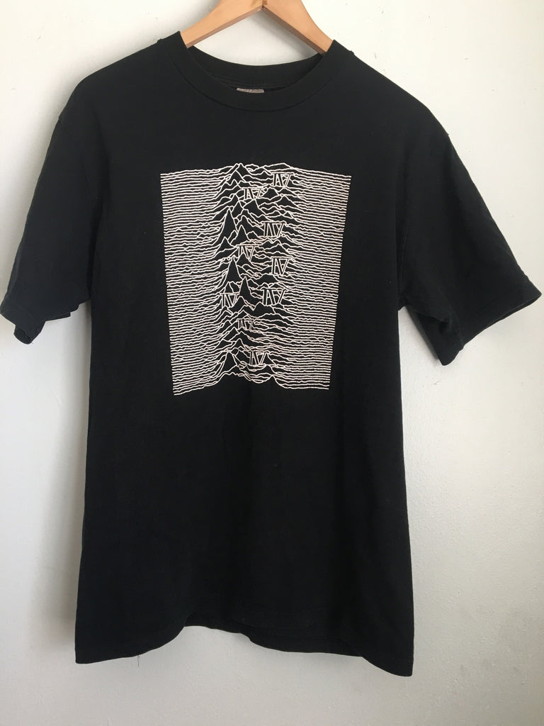 Number (N)ine Unknown Pleasures size 4
