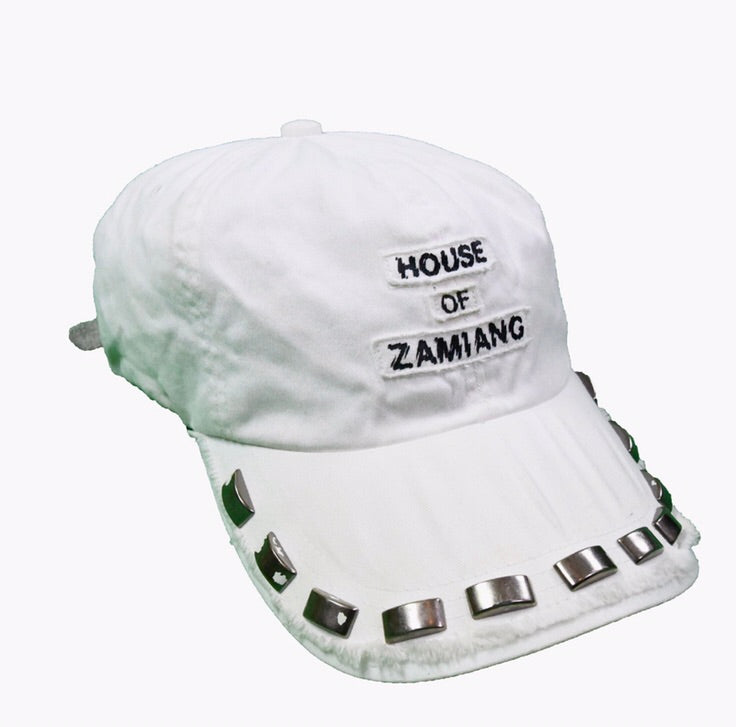 "Undercoverism ""House Of Zamiang"" distressed and studded hat S/S06 ""T"""