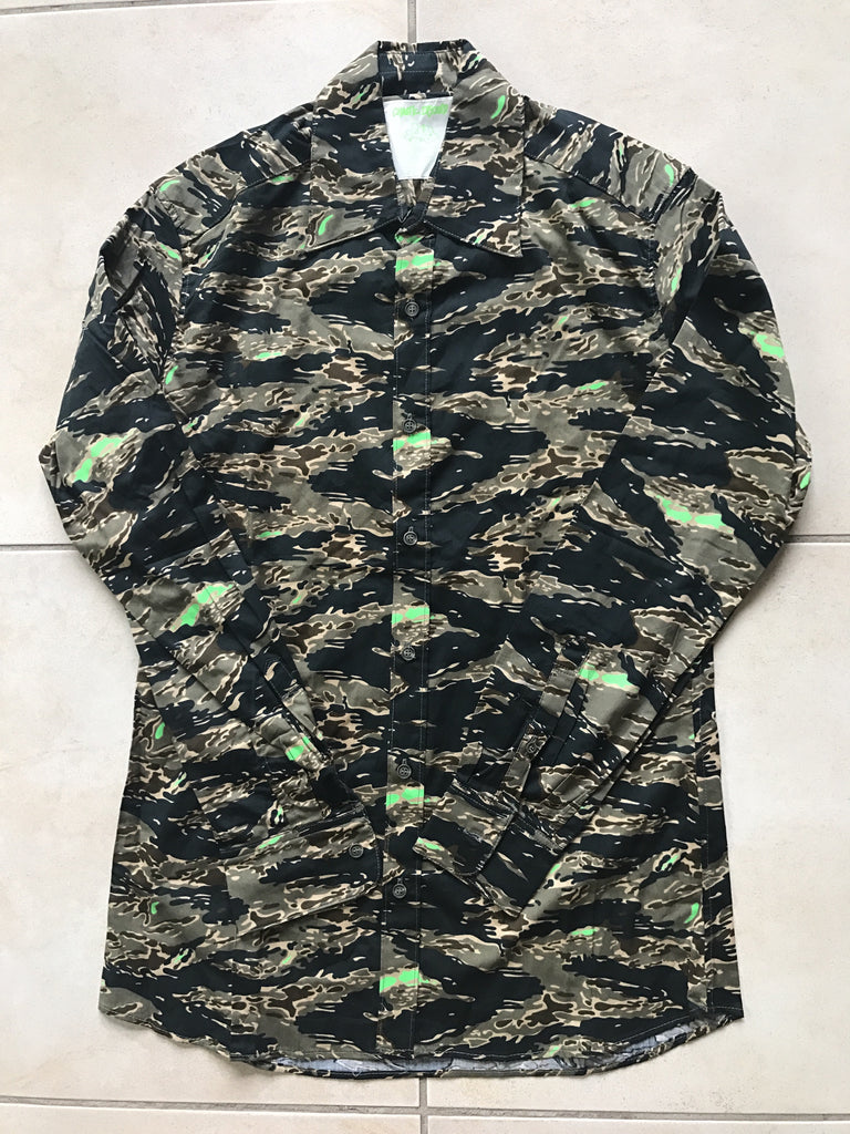"Undercover camo military shirt ""Chaotic Dischord"" S/S2001"