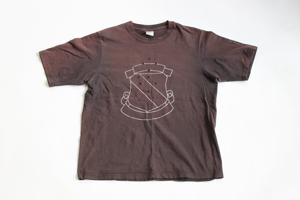 Number (N)INe Sheild Crest Tee size 4 Large