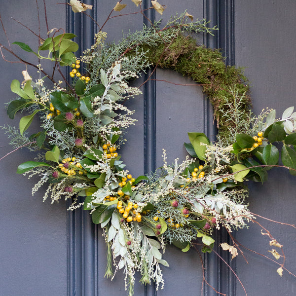 rose and ammi flowers 2018 Christmas wreath from Edinburgh florist