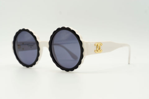 Chanel 03524 C0200 - White & Black