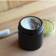 Toothpaste with Jar (3.7oz) Cinnamon