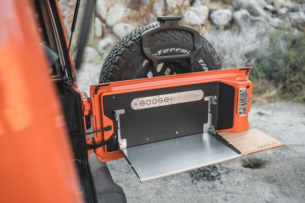 Goose Gear Tailgate Table for Jeep Wrangler JL and JLU