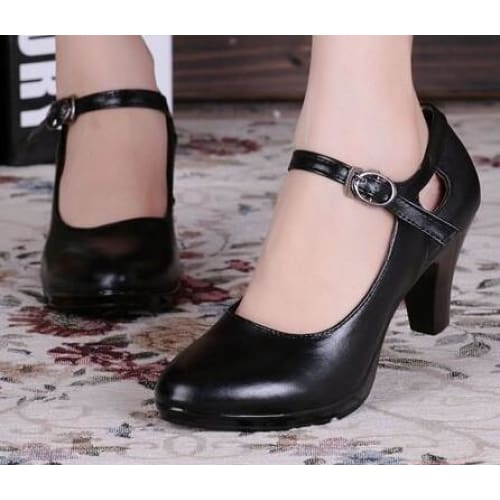 Round Toe Shoes - Black / 5 - shoes