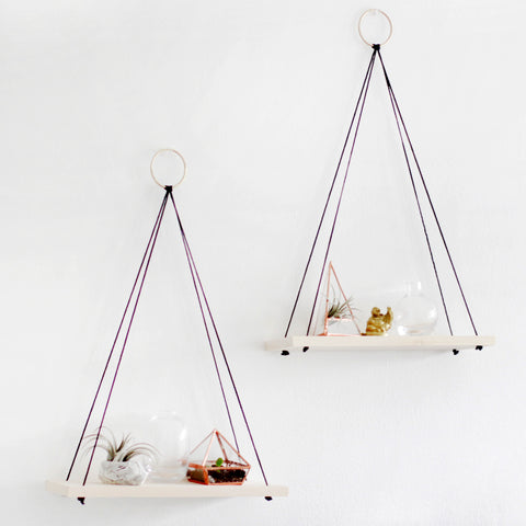 Image Source: http://whydontyoumakeme.com/diy-hanging-shelves/#_a5y_p=5236620