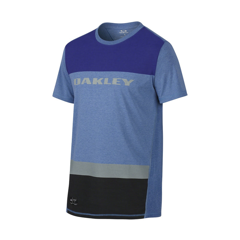 Oakley Mens Rainier Short-Sleeve Shirt