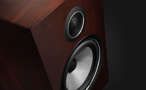Image of Bowers & Wilkins (B&W) 707 S2