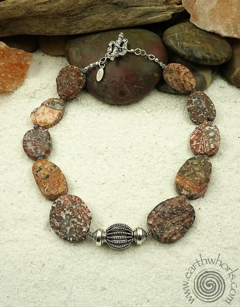 Jasper – The Natural Gemstone that Mimics the Many Moods of Nature