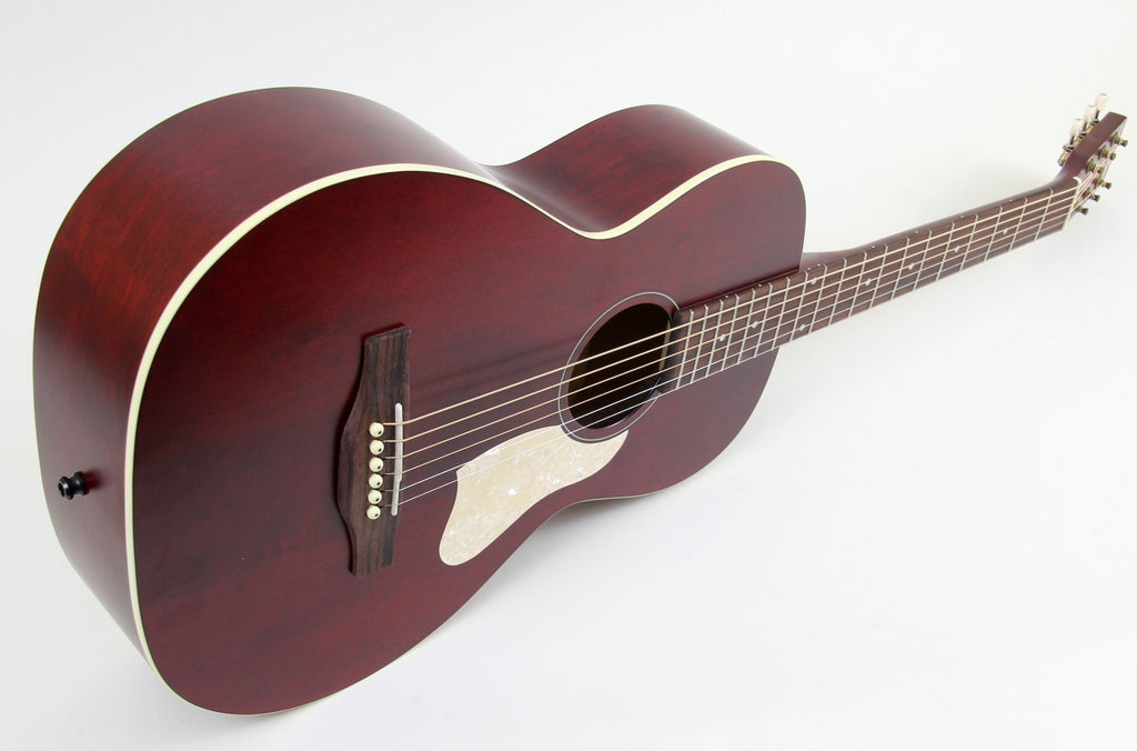 Art & Lutherie Roadhouse Parlor Acoustic-Electric Guitar | Tennesse Red