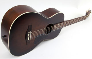 Art & Lutherie Roadhouse Parlor Acoustic-Electric Gutiar | Bourbon Burst