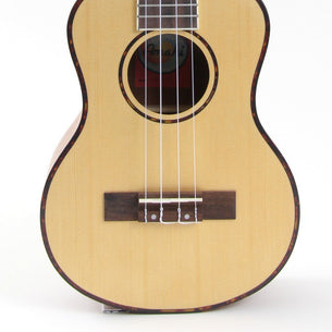 Store Demo | Amahi UK225 Select Spruce Ukulele Tenor