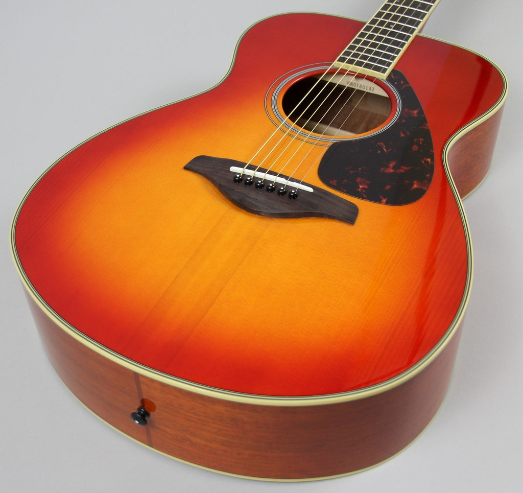 Yamaha FS820 Acoustic Guitar | Autumn Burst