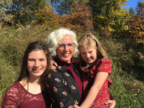 SparkFire founder Samantha Hodgkins & daughters