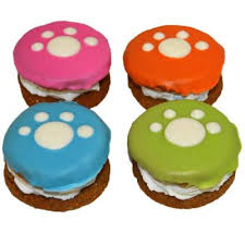 Preppy Puppy Paw Pastry