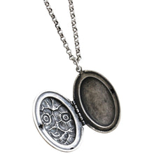 "Catherine Popesco Sterling Silver Plated Locket Oval Blossoms Necklace, 18"" 1503V"