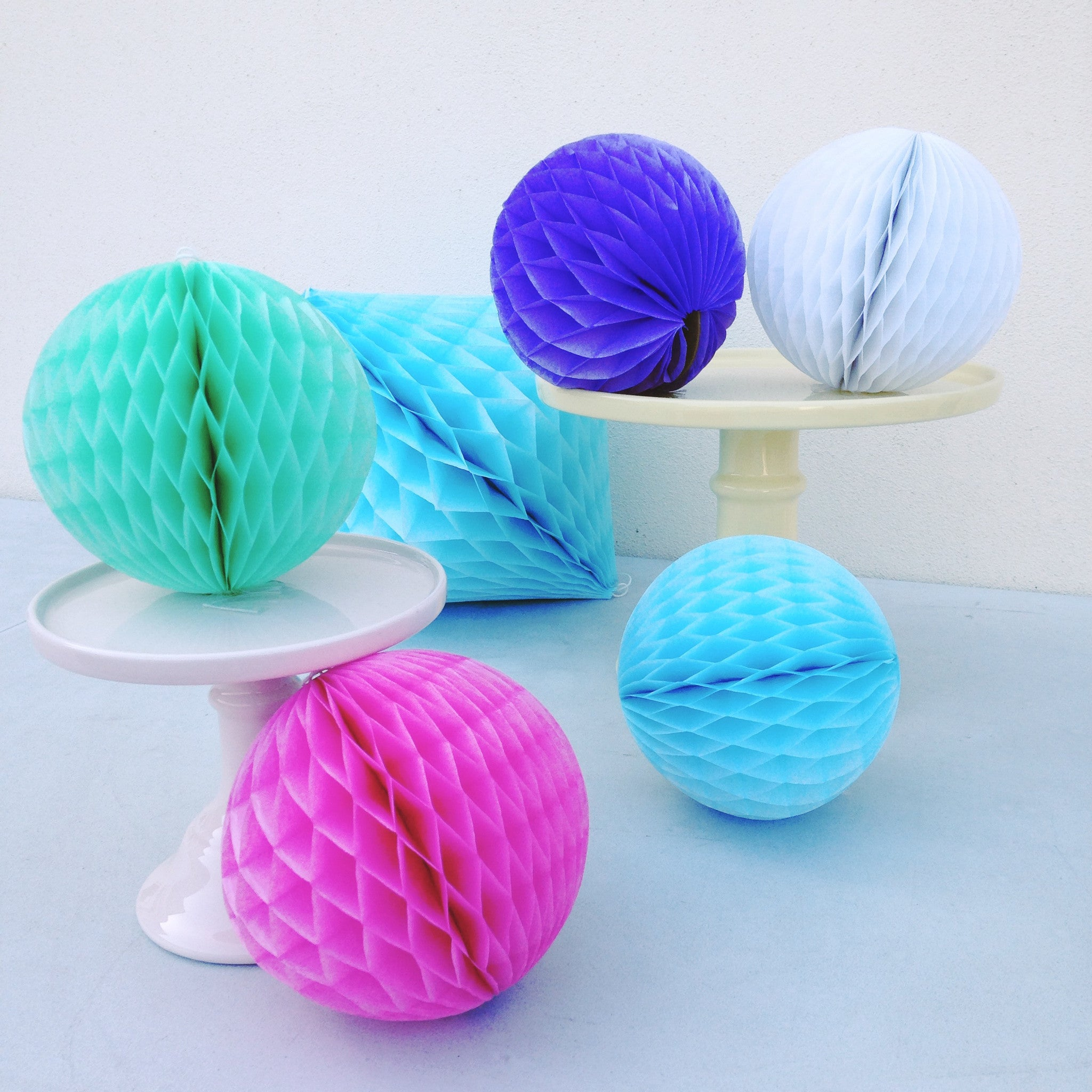 Mini Honeycomb Ball Decorations - The Sweet Hostess