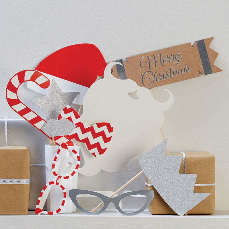 Christmas Photo Booth Props - The Sweet Hostess