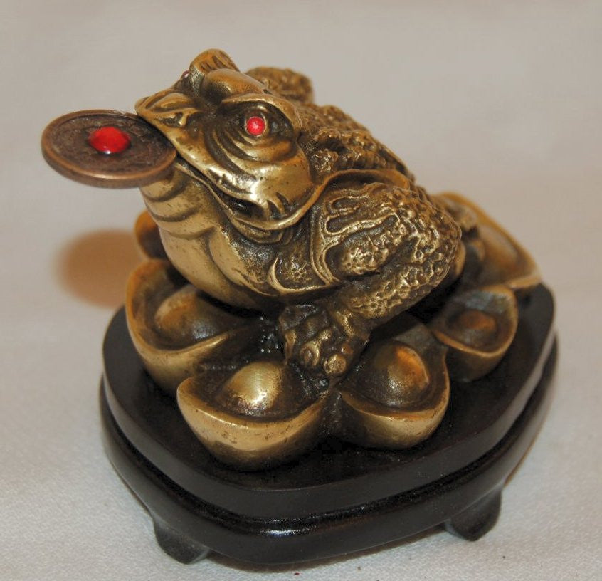 Small Bronze Feng Shui Frog Sitting on Money
