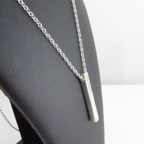3D Vertical Bar Necklace