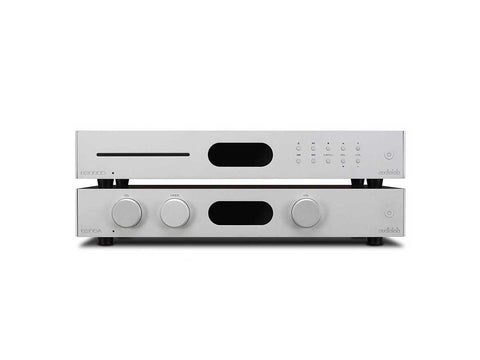 Audiolab 8300 CD & Amplifier with Audioquest Mackenzie XLR Interconnect