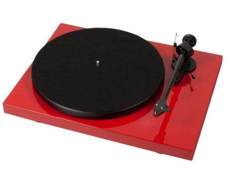 Pro-Ject Debut Carbon DC Turntable