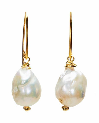 Coronado Earrings - White Freshwater Pearl