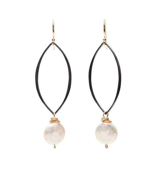 Aspen Earrings - Coin Pearl