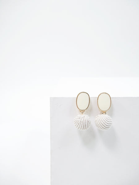 Hers Ivory, Earring - WMWATCHME
