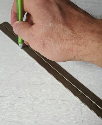hand drawing lines