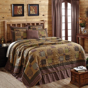 Canavar Ridge Quilted Bedding