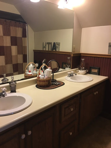 bathroom with counter