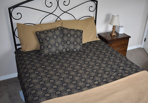 Gettysburg Black and Tan Woven Coverlet