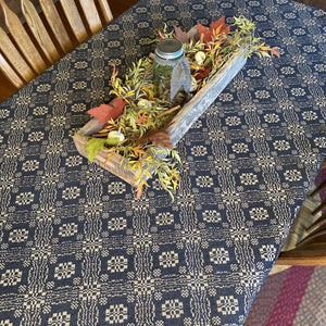 Gettysburg Black and Tan Woven Table Cloth 52""