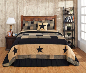Jamestown Black Quilt Bundle in 4 SIZES