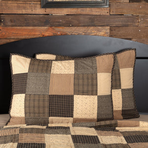 Kettle Grove Patchwork Quilted Standard Sham 21x27""