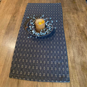 Packsville Rose Primitive Black Woven Table Runner 32""