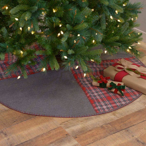 Anderson Patchwork Tree Skirt 55""