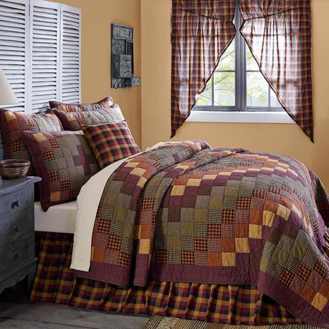 Heritage Farms Quilt in 4 SIZES