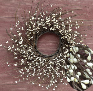 "16"" Twig Wreath with Ivory Pip Berries"