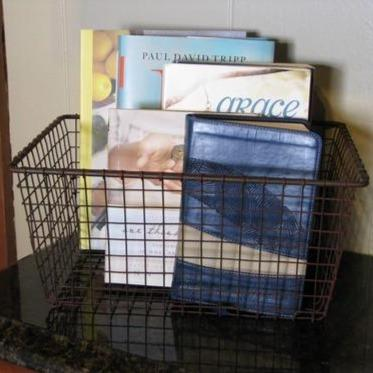 Wire Storage Basket - Primitive Star Quilt Shop - 1