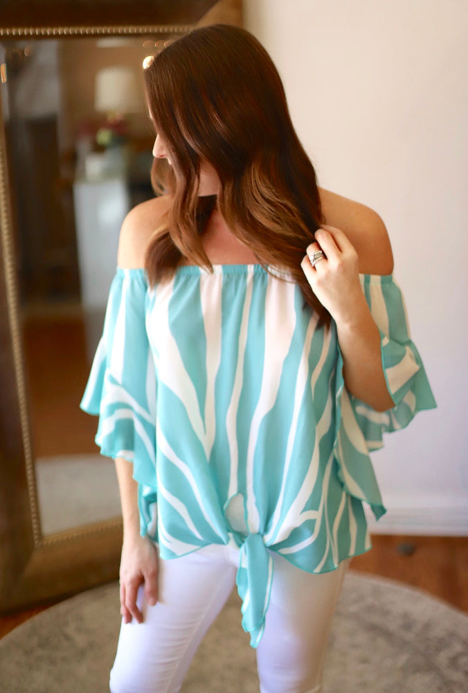 Love or Leave Top in Mint