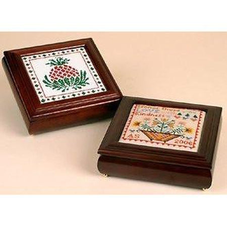 Laura's Square Box - needlepoint