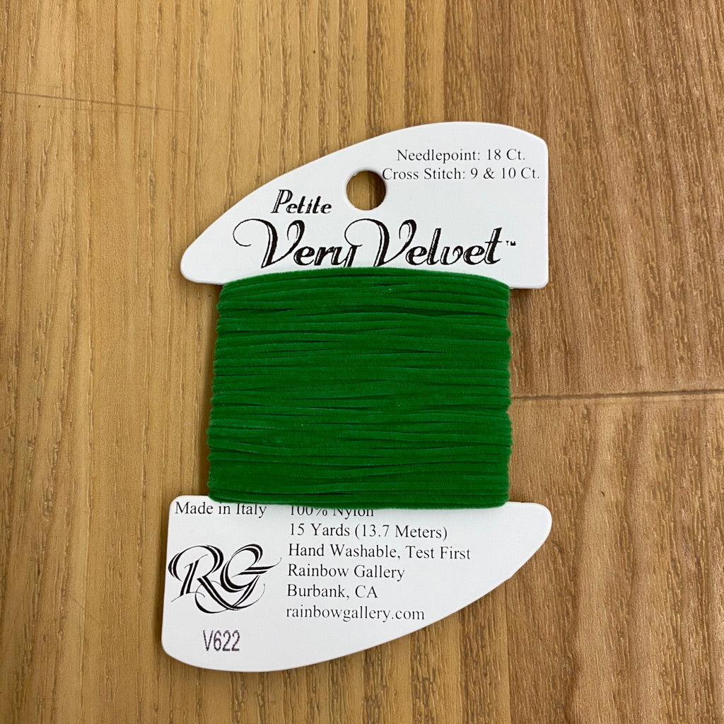 Petite Very Velvet V622 Green - KC Needlepoint