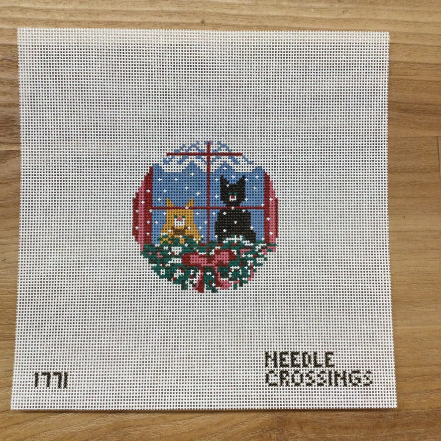 Christmas Cats Round Canvas - needlepoint