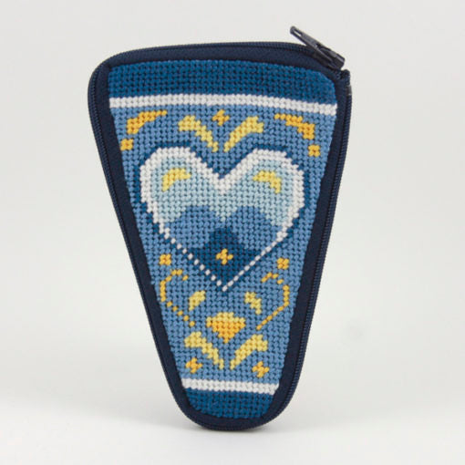 White Hearts Scissor Case Kit - needlepoint