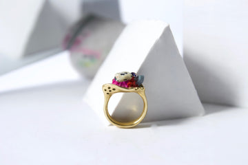 Handcrafted Brass Ring by Gré with Quartz, Goldstone, Garnet and Agate