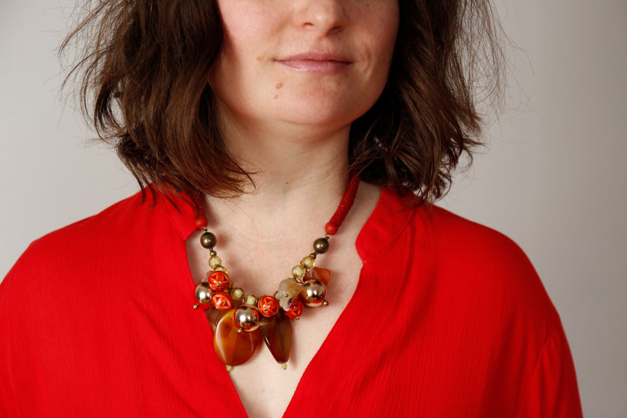 Cluster necklace in cherry pie