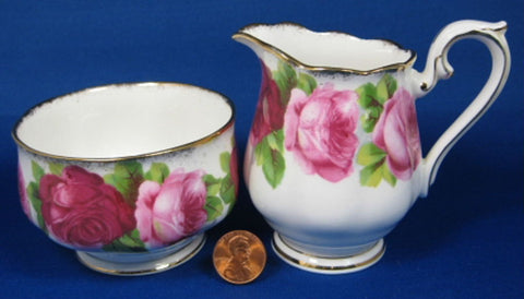 Cream And Sugar Royal Albert Old English Rose Brushed Gold Trim 1940s - Antiques And Teacups - 1